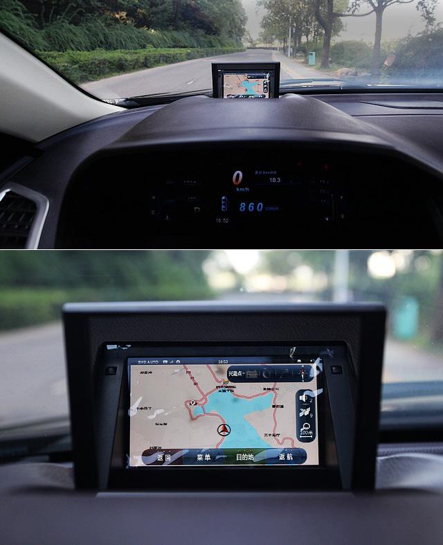 在思锐仪表台的顶端,厂方为其设计了HUD抬头显示器,驾驶者可以将10英寸触摸屏上显示的内容设置在HUD抬头显示器上呈现出来。