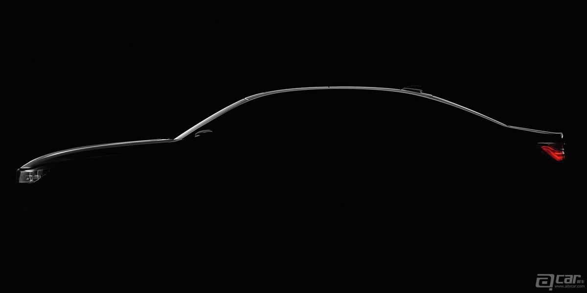 很幸运,第六代Mustang终于以进口方式进入中国市场,其实不仅仅是中国,这次福特准备将Mustang的市场扩大的全球120多个国家。以国内来看,无论是对市场还是对消费者来说,这样的一款车型绝对是充满新鲜感的。你可能要抱怨进口的Mustang只是2.3T版本,也别太担心,因为5.0L V8已经敲定将会在今年下半年正式引进。  关于福特Mustang,你要知道的五点 1、眼镜蛇徽标 眼镜蛇的徽标只会出现在Mustang高性能版本上,并且都会有Shelby的后缀。Shelby其实是个人名(Carroll S